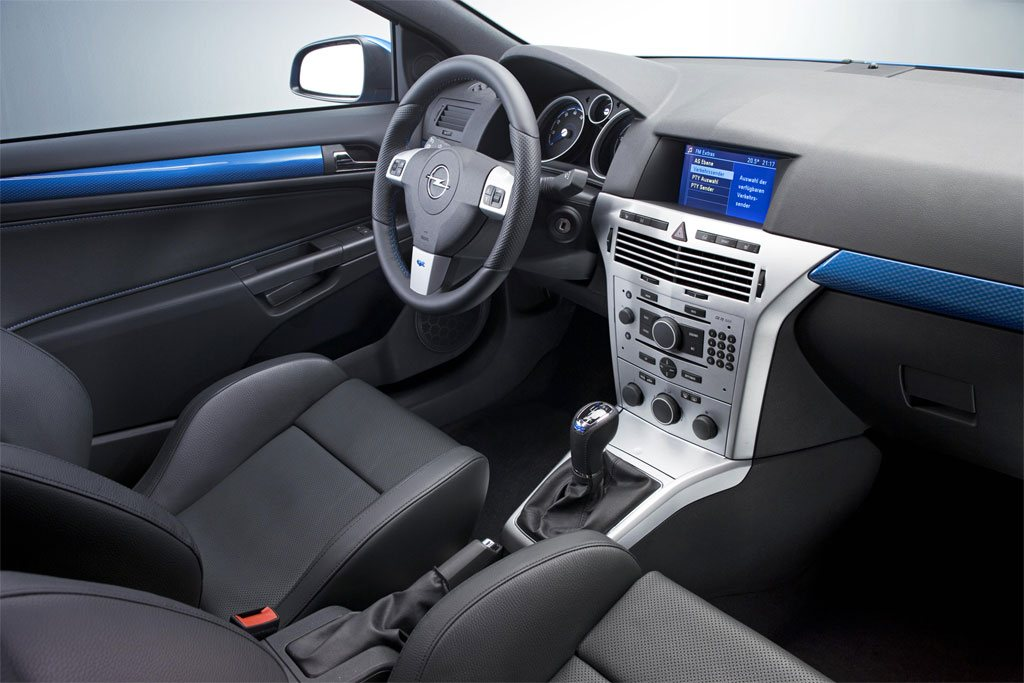 Opel Astra H GTC OPC 6