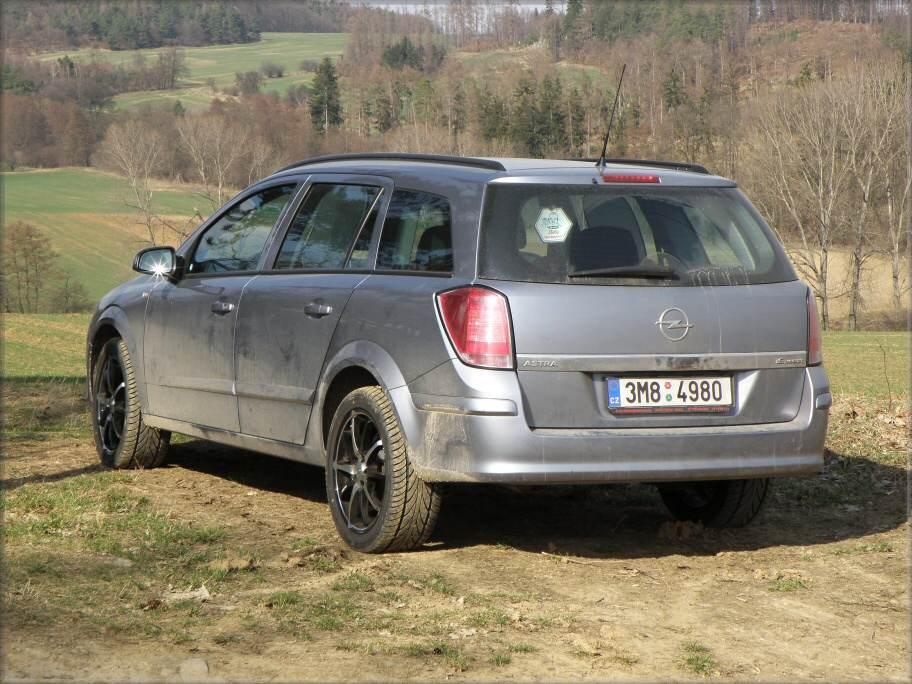 Opel Astra H Caravan 1.6 Twinport 77kw