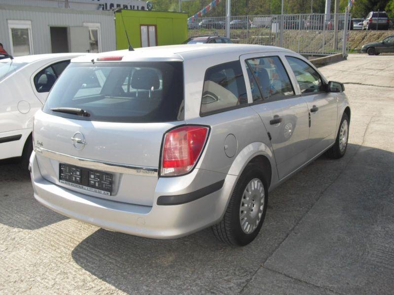 Opel Astra H caravan 1.7CDTI 59kw