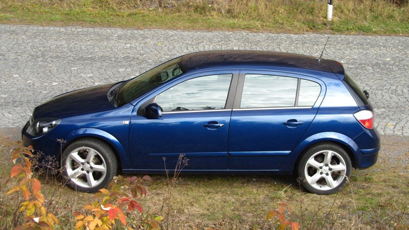 OPEL ASTRA H 1.8 COSMO