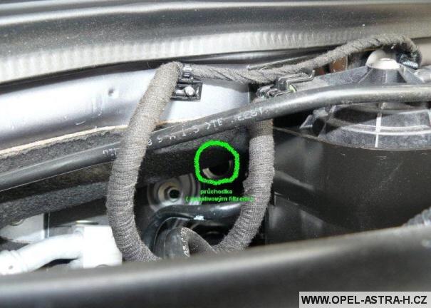 Kabeláž v motoru