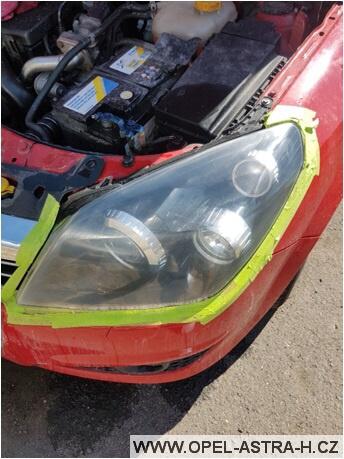 Jak vyleštit plastová světla na autě 10
