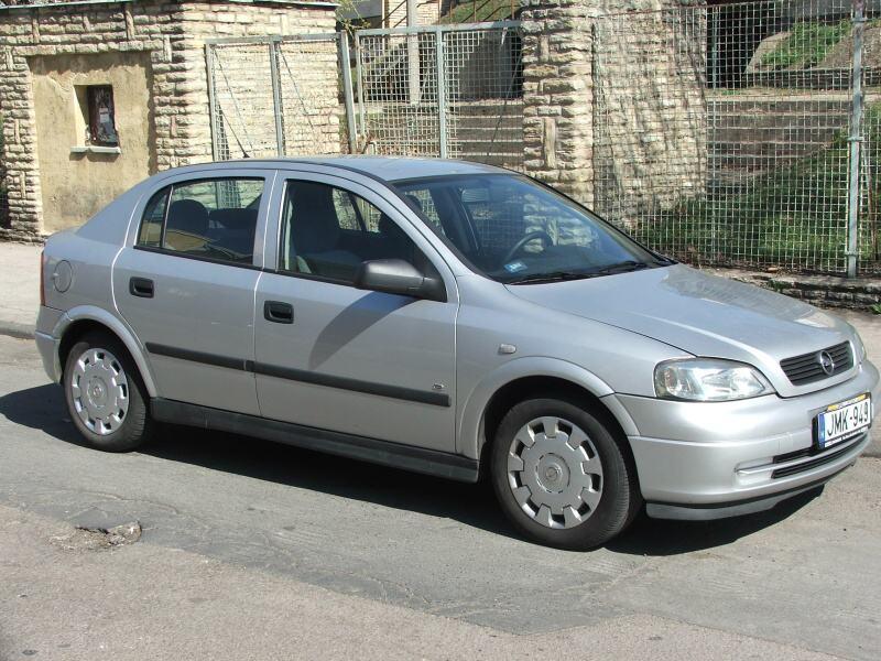 Rodinné účtování – Astra G 2005 vs. Astra H 2005