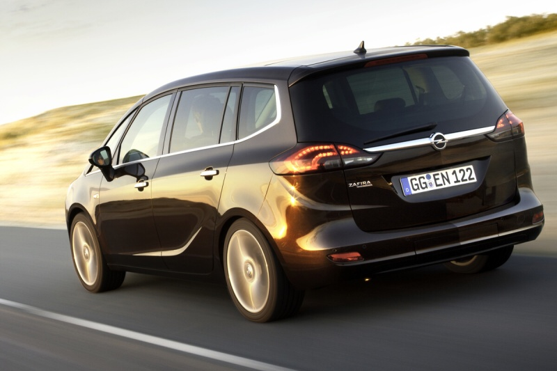 opel zafira tourer dlouhodob test na 45 000km opel astra h a zafira b klub. Black Bedroom Furniture Sets. Home Design Ideas