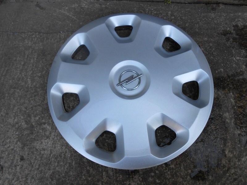 Jak vyčistit poklice – kryty disků kol