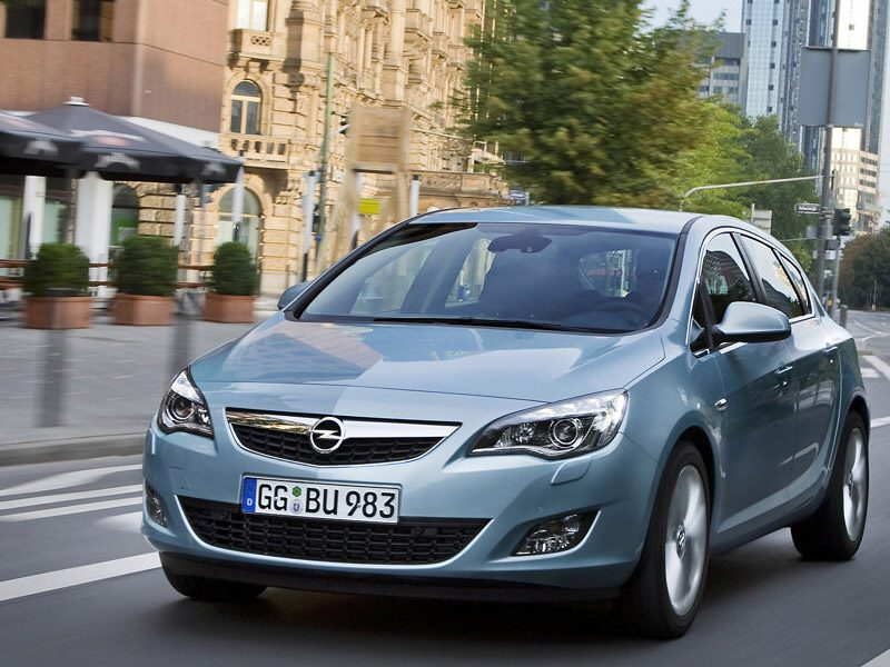 opel_astra_sports_tourer