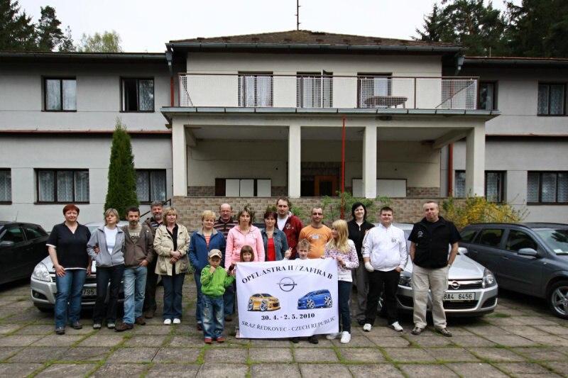 Opel Astra H / Zafira B sraz Ředkovec 30.4 – 2.5. 2010