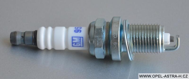Svíčka zapalovací DR17lC-9